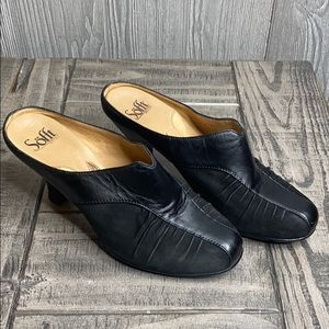 Sofft Pleated Leather Suede Slip On Heels 8M